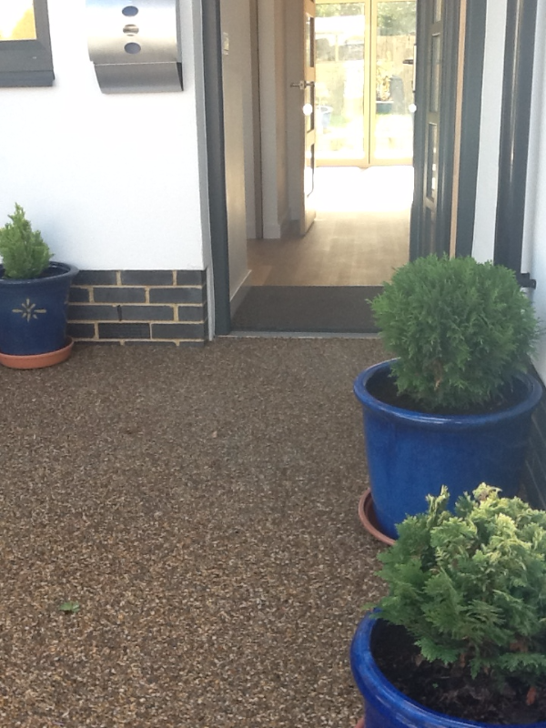 Resin Bound Surface On Front Drive